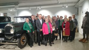 Woikoski Oy:n automuseoon tutustuttiin tehdasmuseossa käynnin ja kevätkokouksen jälkeen.